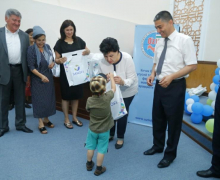 Activists of UzLiDeP transferred medicines to more than 180 children-diabetics from Namangan (photo)